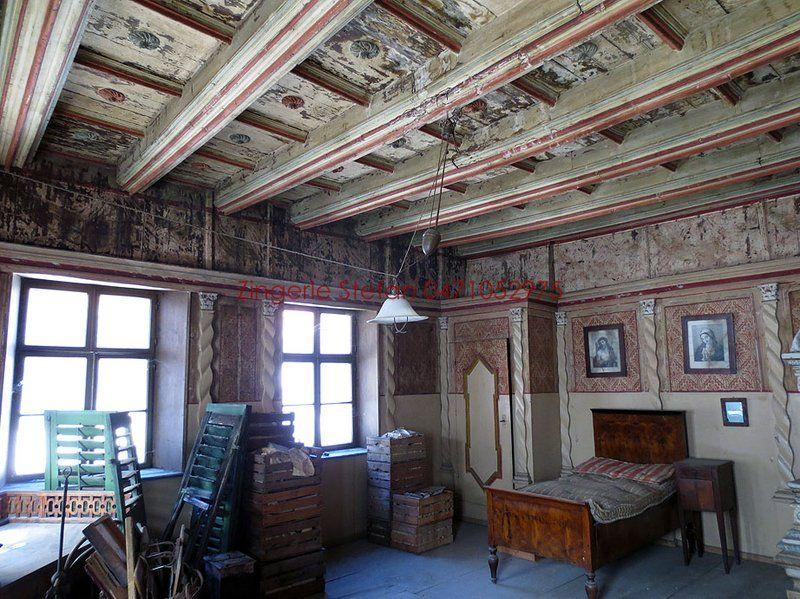 Antike 5 Oder 6 Zimmerwohnung Im Zentrum Von Salurn